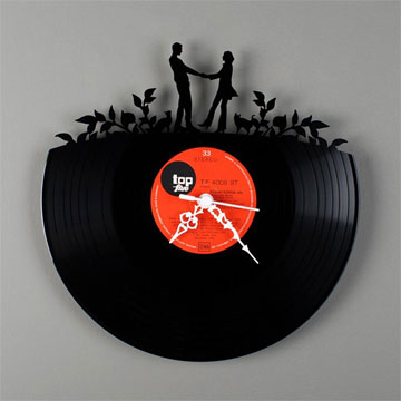 レコード壁掛け時計 / Wall clock RE VINYL by Pavel Sidorenko